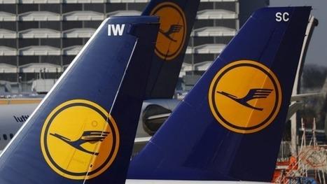Passenger tries to open door mid-flight | AIR CHARTER NEWS | Scoop.it