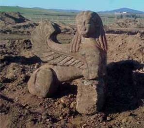Small Sphinx found in Etruscan tomb | Aux origines | Scoop.it