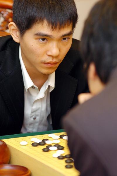 Lee Sedol vs Kang Dongyun | Go: The Ultimate Game | Scoop.it