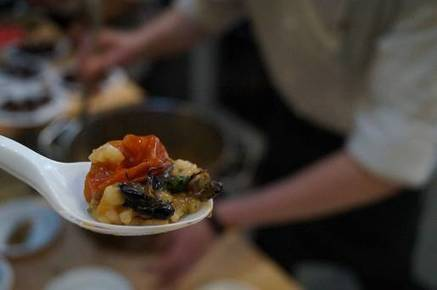 Insect-based dishes on menu at St George's Market - BelfastTelegraph.co.uk | Entomophagy: Edible Insects and the Future of Food | Scoop.it