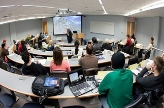 Lecture Capture Leads the Way in Distance Learning Solutions - Higher Ed Tech Decisions | 3C Media Solutions | Scoop.it