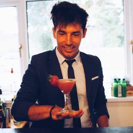 Hire a Cocktail Bartender for a House Party | P