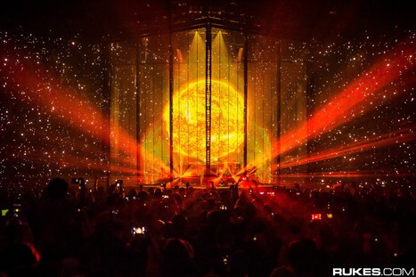 See What It Looks Like Inside EDM's Most Incredible Stage [Must Watch] | DJing | Scoop.it