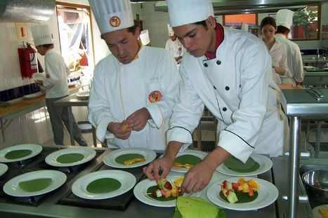 """Finding the Meaning of """"Chef"""" and """"Food Writer"""" - Gapers Block 