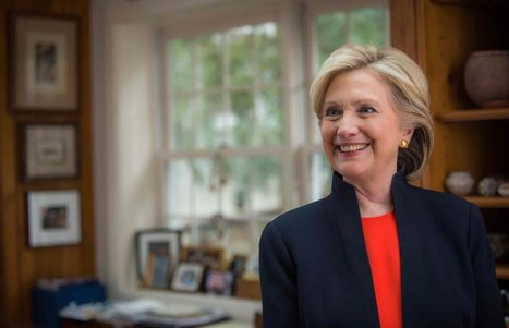 """Is She Is Qualified??: Become an official supporter of Hillary 2016 to Say YES."" 
