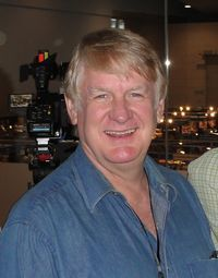 """Bill Farmer has a """"Goofy"""" voice: Veteran Animation Voice Actor Offers Insights on Voice Acting Craft & Advice 