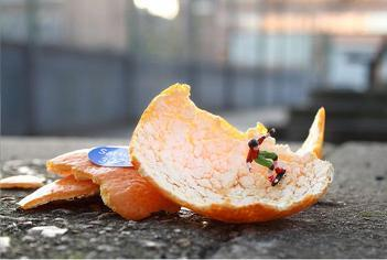 Slinkachu - Little People - a selection of street installations | educARTE | Scoop.it
