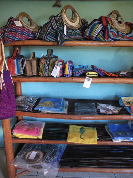 Discover Belize Travel Magazine: Maya Bags in Punta Gorda, Belize: Christmas in Belize   Belize Travel and Vacation   Scoop.it