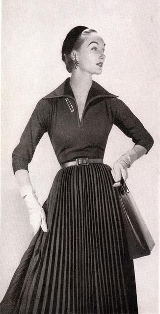 1953 Bonwit Teller Ad $45 | Flickr - Photo Sharing! | Vintage Whatever | Scoop.it