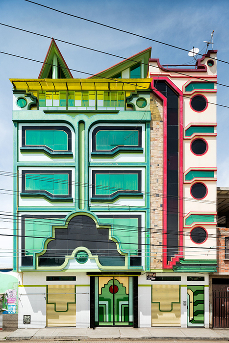 El Alto's Bold and Colourful Architecture | Urban Decay Photography | Scoop.it