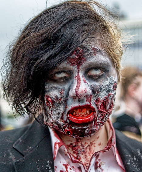 Start Your Own Zombie Apocalypse In 5 Easy Steps - MoonProject   How to Start a Zombie Apocalypse   Scoop.it