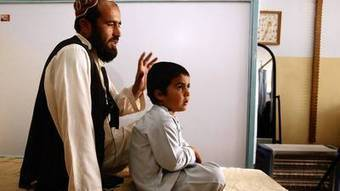 Amid Afghanistan war, U.S. aid is there for an injured child | U.S. - Afghanistan Partnership | Scoop.it
