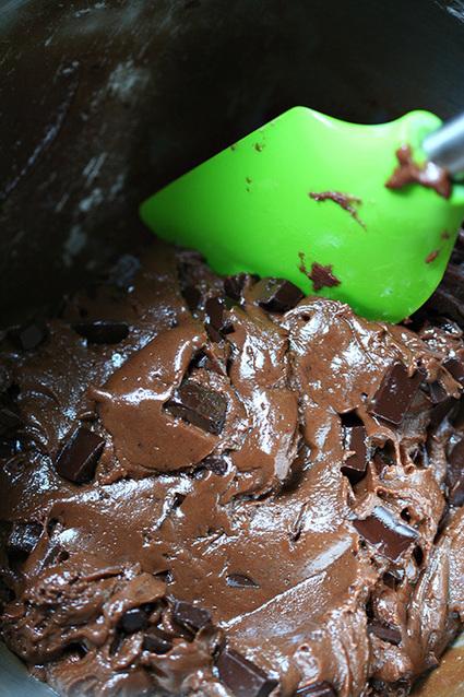 Nutella Peanut Butter Chocolate Chunk Cookies | Amandeleine | Cookie Baking | Scoop.it