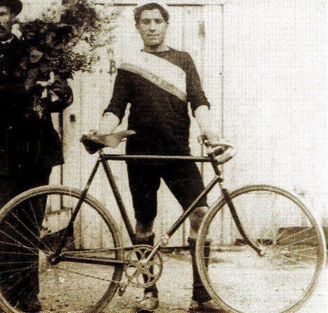 Du 1er au 19 juillet 1903, le premier Tour de France | GenealoNet | Scoop.it