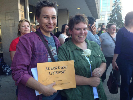 Scores of gay couples married in Milwaukee, Madison - Milwaukee Journal Sentinel | GLBTAdvocacy | Scoop.it