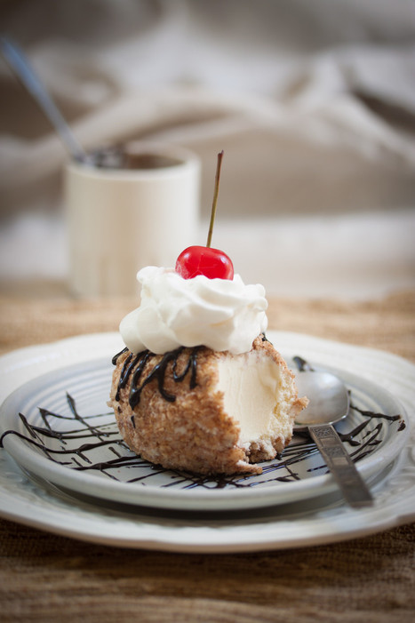 #GuiltFree // Mexican (not) Fried Ice Cream | Allyson Kramer | The Man With The Golden Tongs Goes All Out On Health | Scoop.it