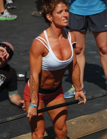 crossfit girls in fitness tips exercise workout bodybuilding
