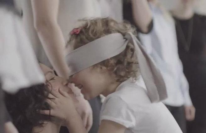 Ιαπωνικό σεξ βίντεο κόκκινος σωλήνας