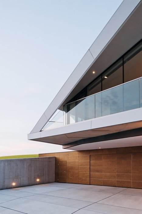 L-House: sustainability + modern design in Burgenland, Austria | sustainable architecture | Scoop.it