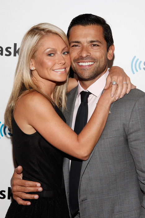 """Want to Be Fabulous? Kelly Ripa and Mark Consuelos Launch Secret Guide to Fabulous 