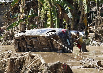 On Our Radar: Hundreds Die in Floods in the Philippines | Topics of my interest | Scoop.it