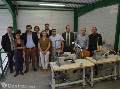 Une unité mobile d'apprentissage des métiers de la maroquinerie créée à Saint-Junien | Métiers, emplois et formations dans la filière cuir | Scoop.it