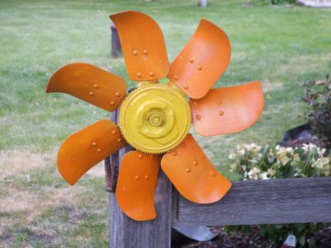 Fan blade gets a new life   What a Creative Garden   Scoop.it