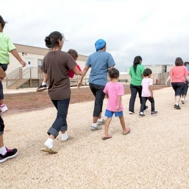 A Mother and Child Trapped in #Obama's Brutal Family Deportation System - #US #migrations | News in english | Scoop.it