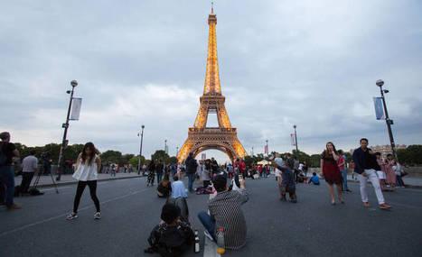 Eiffel torni suku puoli video vapaa täysi mobiili homo porno