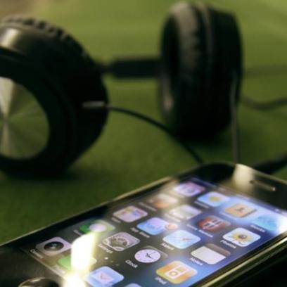 Free Music App Brings Top YouTube Songs to Your iPhone | Radio 2.0 (En & Fr) | Scoop.it