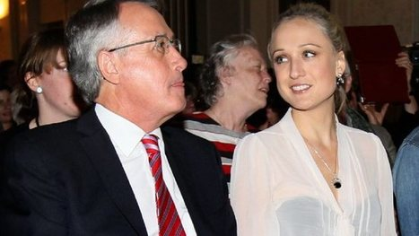 Wayne Swan used VIP jet to fly to grand final with his daughter   Australian Politics   Scoop.it