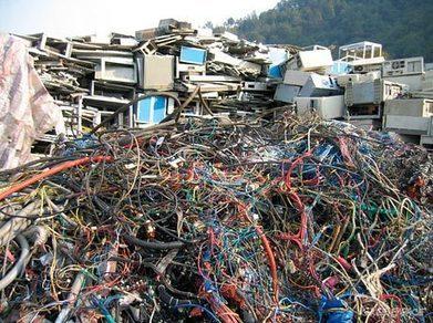 Une augmentation de 33% des déchets électroniques d'ici 2017 ! | Gestion des services aux usagers | Scoop.it