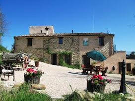 Te Koop / For Sale: AGRITURISMO! Emigreren naar Italië, deze drie woordjes hebben zo'n romantische klank….en ik kan niet anders zeggen, het ís ook zo. | Italian Properties - Italiaans Onroerend Goed | Scoop.it