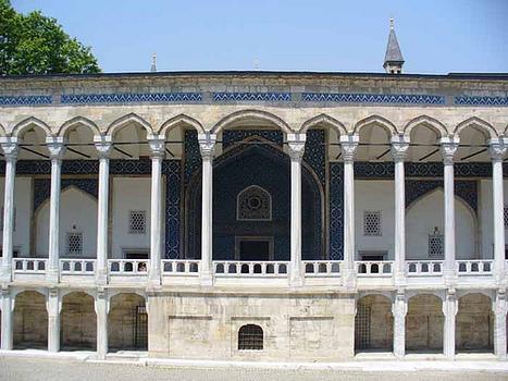 Chinli Kiosk - Istanbul, Turkey   Islamic Art   Scoop.it