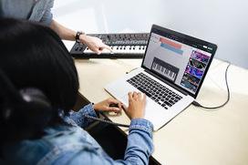 music' in iGeneration - 21st Century Education (Pedagogy