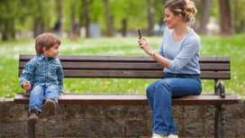 Should children ban their parents from social media? - BBC News | The 21st Century | Scoop.it