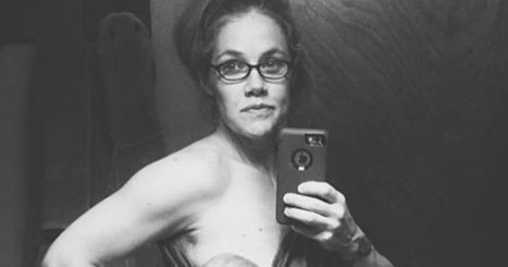 The Emotional Post-Birth Selfie That's Resonating With Moms Everywhere | picturing the social web | Scoop.it