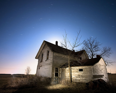"30 Cool Abandoned Houses Pictures | ""Cameras, Camcorders, Pictures, HDR, Gadgets, Films, Movies, Landscapes"" 