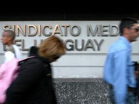 Médicos creen que su valoración social empeoró - Uruguay | The New Patient-Doctor e-Relationship | Scoop.it