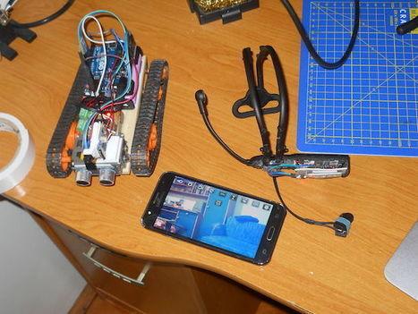 Arduino Blog – Control a tracked robot with your mind (or joystick) | Re-Ingeniería de Aprendizajes | Scoop.it