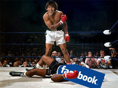 Round 1 To Foursquare: Facebook Is Scaling Back Its Places Check-Ins | Locative Media | Scoop.it