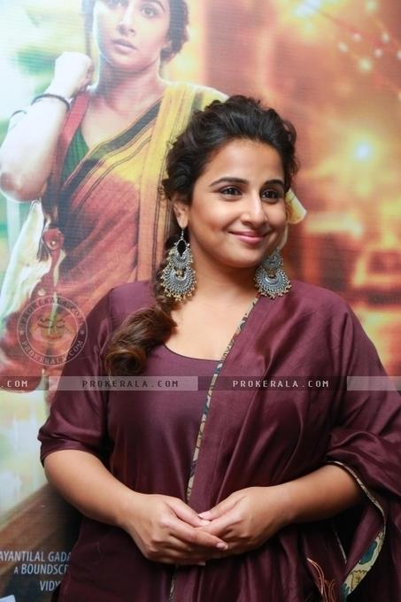 Durga Rani Singh movie mp3 malayalam download