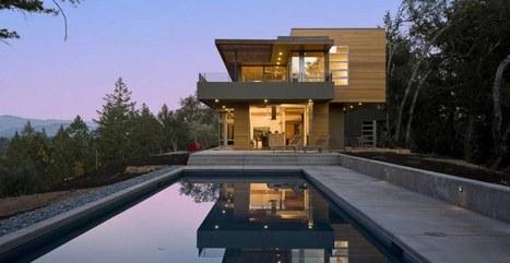 Maison contemporaine bois et béton nich&...