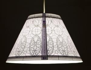 Plafoniere Stile Tiffany : Lampada t lo stile tiffany rimane su carta