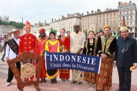 Participation de l'Indonésie à La Fête des Bannières 2013 à Lyon samedi 8 juin   Scoop Indonesia   Scoop.it