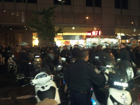 Holy shit! An army of NYPD with batons n plastic cuffs on the... on Twitpic | Agora Brussels | Scoop.it