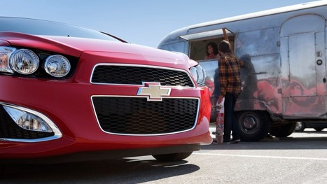 General Motors Resumes Facebook Advertising | Better know and better use Social Media today (facebook, twitter...) | Scoop.it
