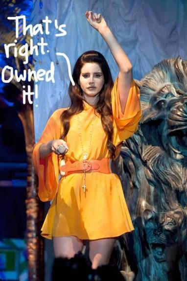 Lana Del Rey OWNS Her First Live Performance Of Dark Paradise In Rome!! - PerezHilton.com | Lana Del Rey - Lizzy Grant | Scoop.it