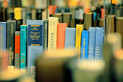 Livres : Top 30 des chaines YouTube qui vous parlent avec amour des livres (en français) | Médiathèques & numérique | Scoop.it