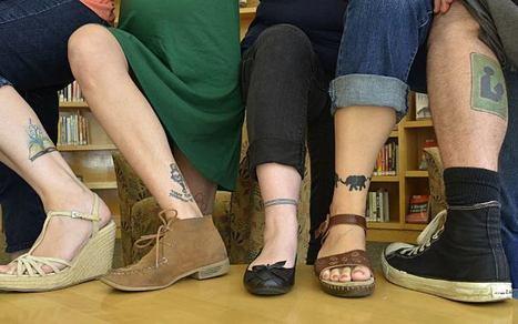 Après les Dieux du Stades, les bibliothécaires tatoués ! (un peu moins dénudés que les rugbymen) | Communiquer en médiathèque | Scoop.it